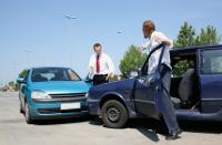Frontalunfall mit zwei Autos